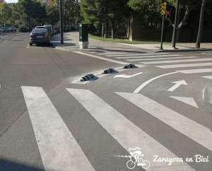 Separadores de goma en carril bici